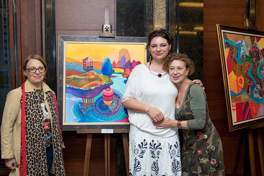 Изложба Когато цветовете мечтаят в София