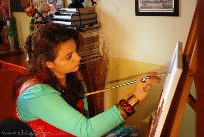 В ателието - Силвия рисува Храм на радостта