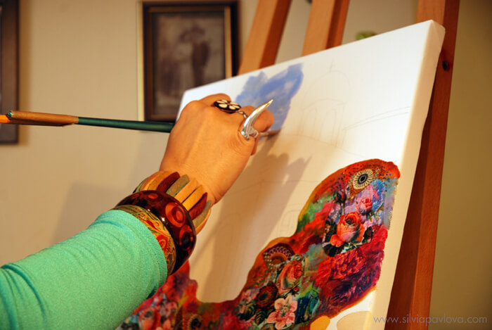 В ателието - Силвия рисува