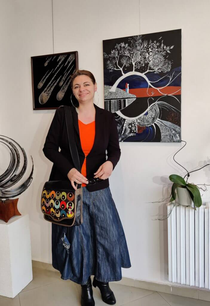 Силвия в Integrated Artists Gallery